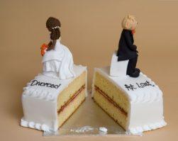 """Assegno di divorzio all'ex coniuge, la Cassazione: """"No al parametro del tenore di vita goduto nel matrimonio"""""""